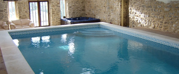 Luxury Heated 12m Swimming Pool